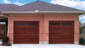 Omaha door window clopay classic series 44 omaha for Clopay hurricane garage doors