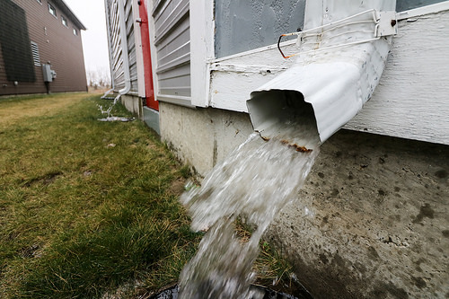 Common Gutter Drainage Problems And Their Solutions